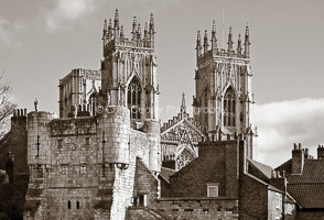 LP19. The Two Towers. York Minster