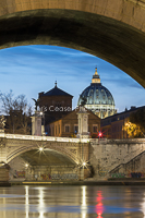Under The Bridge, Rome