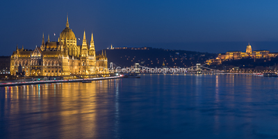 Flowing Through History. Budapest