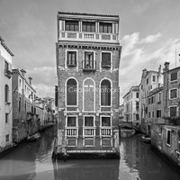 Isolated, Venice